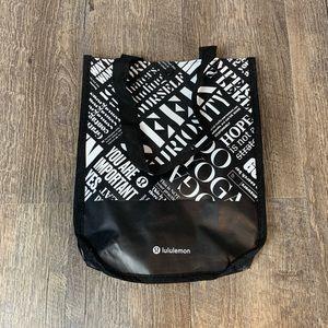 Lululemon tyvek reusable small tote bag black